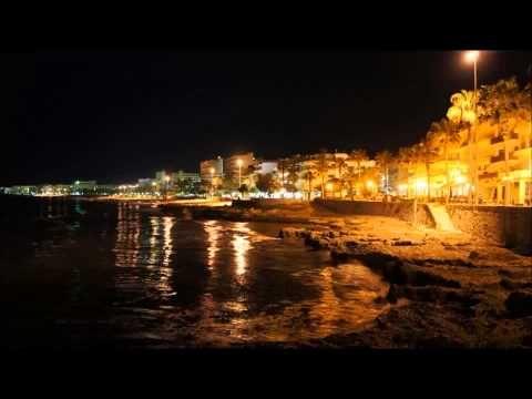 Mallorca. Cala Millor. Nigth and Day. - YouTube