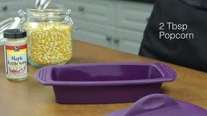 It makes microwave popcorn!