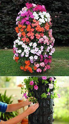 PetunienTurm Оригинальная клумба для цветов - башня из петуний.