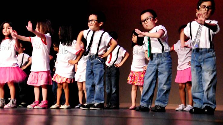5 year old Nicole's preschool graduation performance at Discovery World ...