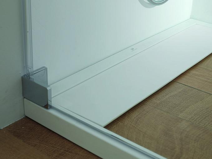 Par-ker — керамический душевой поддон под дерево от Systempool #Porcelanosa #Systempoool #baths #interiordesign #ceramicparket #ceramicflooring #showerplate #innovation