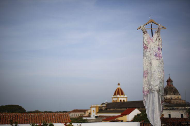vestido de novia... OnA.. foto por Victor Alzate... cortesía de Artevisión... mompox, colombia.