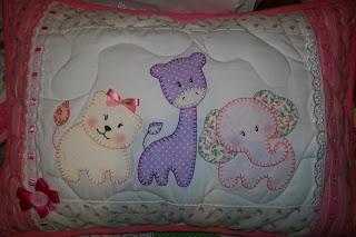 mamãe ursa: Almofadas infantil em patchwork