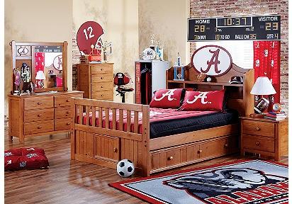 University of Alabama bedroom