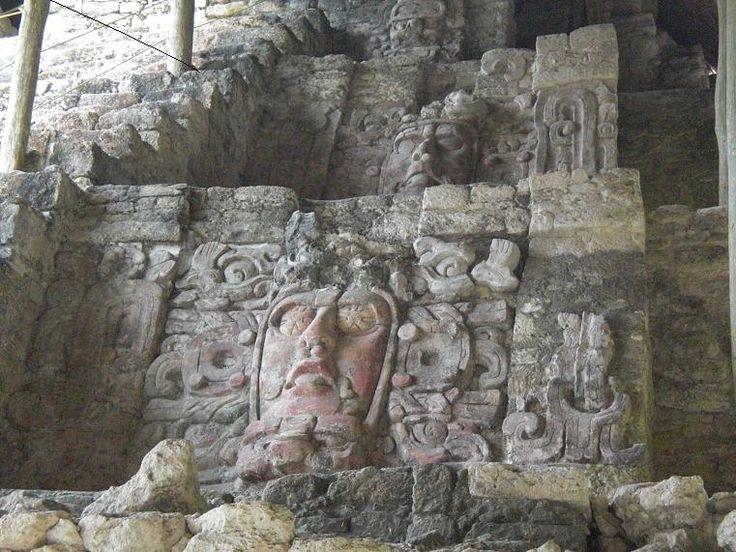 PyramideDesMasquesKohunlich - Ancient Maya art - Wikipedia, the free encyclopedia