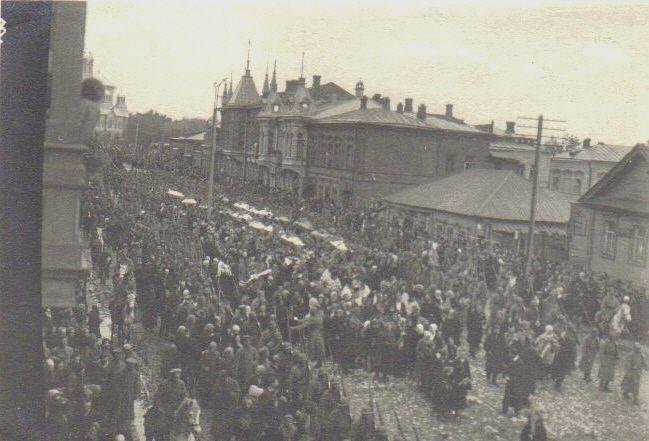 похороны погибших в июне 1918 г. после взятия Самары белыми
