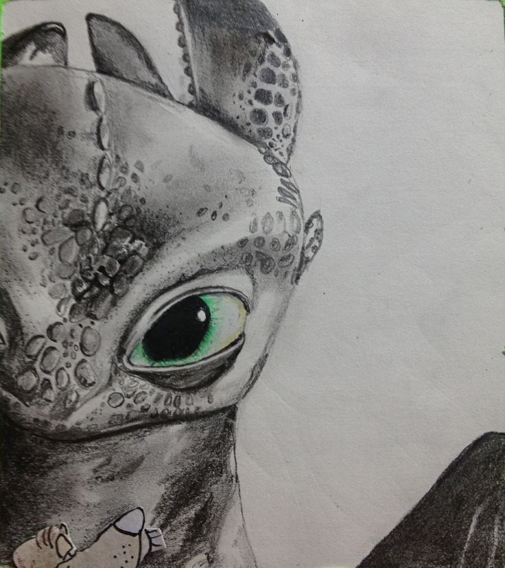 art by gloria e. toothless. how to train your dragon. drawing. charcoal. pencil. black dragon. green eye.