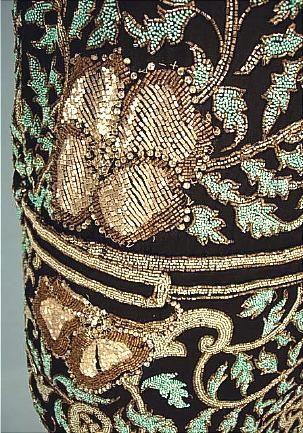 c. 1924 RARE Molyneux, 5 Rue Royale, Parijs Volledig Kralen Flapper dress van Genuine Turquoise kralen op zwarte Crepe Silk! Groter formaat!