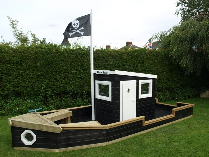 Pirate Play boat