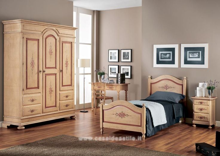 Oltre 25 fantastiche idee su camera da letto color avorio - Mobili color avorio ...