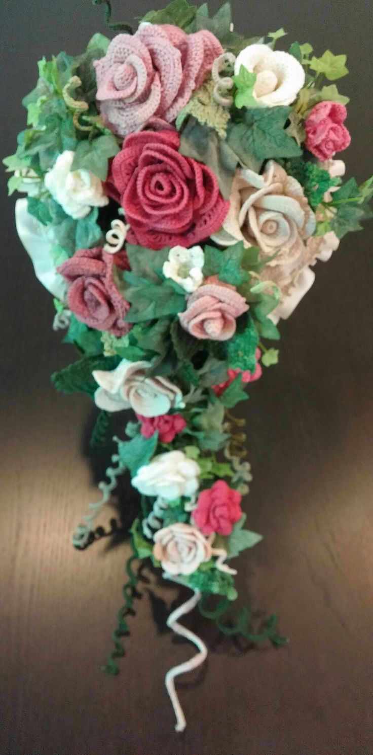 Cascade Bridal Bouquet Instructions : Ideas about crochet bouquet on free