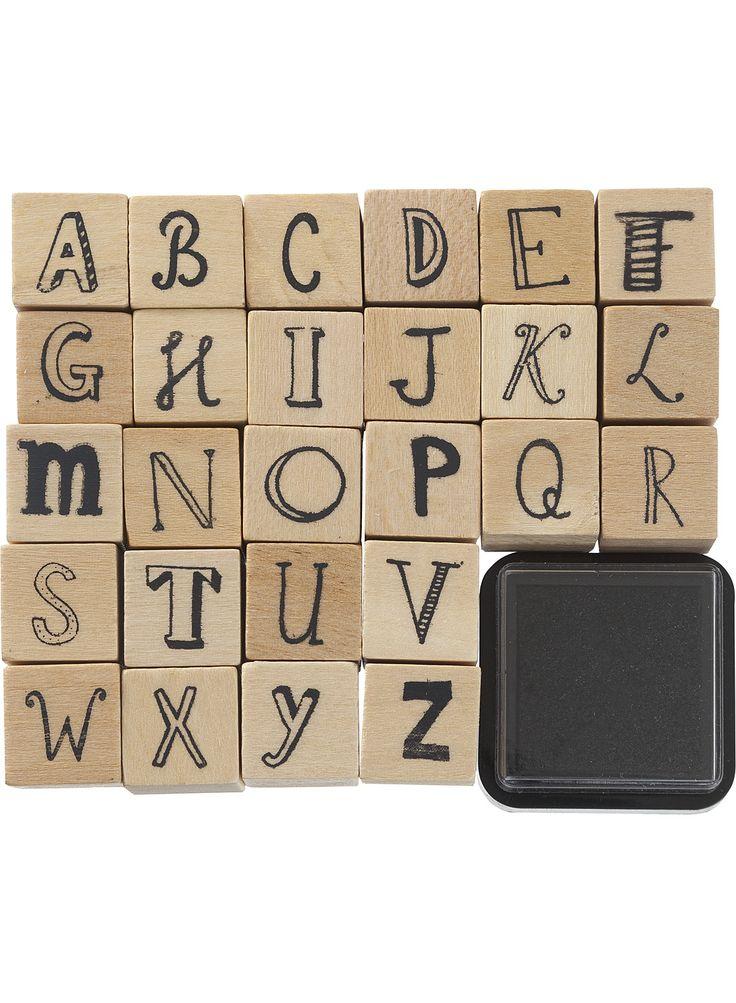 HEMA houten stempelset ABC alfabet LET OP: ik heb er al 1 met strakke letters