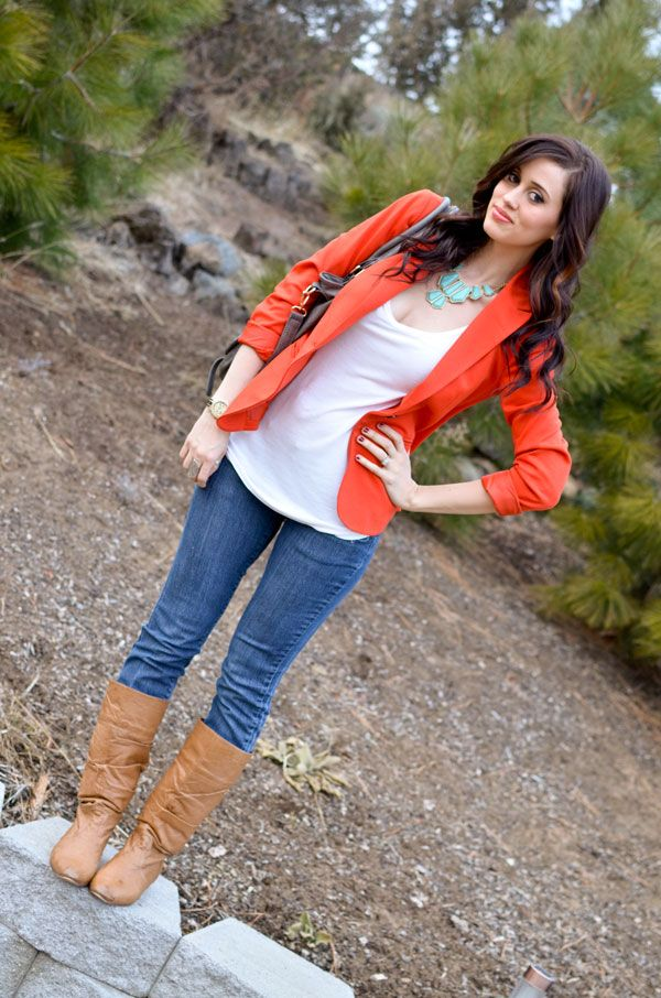 -Fall Layers: Outfits Ideas Teal Jackets, Teal Jeans Outfits, Fall Outfits, Blazers Jeans, Orange Jackets Outfits, Brown Boots, Fall Blazers Jackets, Blazers Outfits, Chunky Necklaces