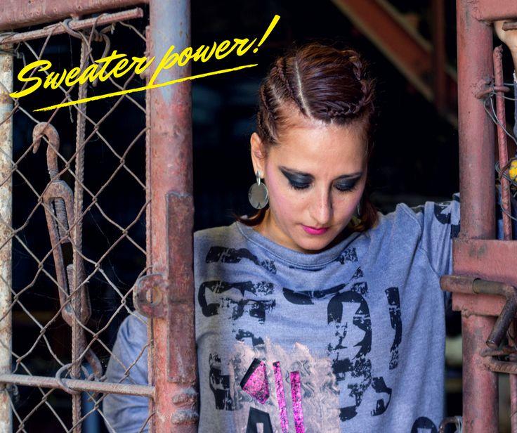 Sweater power, nosotros ponemos el diseño del sweater, vos pones el poder para hacer eso que tanto te gusta hacer!! ;) facebook: https://www.facebook.com/costuralateral/ Instagram: https://www.instagram.com/costuralateral/ twitter: https://twitter.com/costuralateral