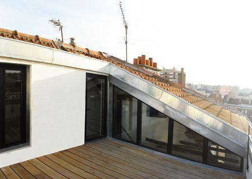 Architecte malakoff combles terrasse poutres for Recherche architecte paysagiste