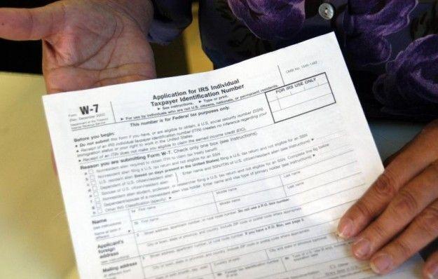 Ciudad de Iowa propone tarjetas de identificación locales para inmigrantes