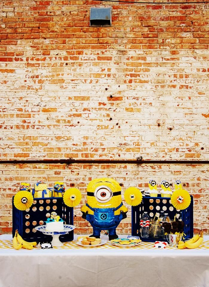 Despicable Me Minion Playdate Birthday Party full of cute ideas via Kara's Party Ideas #minions #Playdate #DespicableMe #PartyIdeas #PartyDecorations #supplies