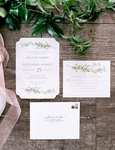 Find the perfect fall themed wedding invitations suite for your autumn wedding event at Minted.  Image courtesy of @Brittanymahood