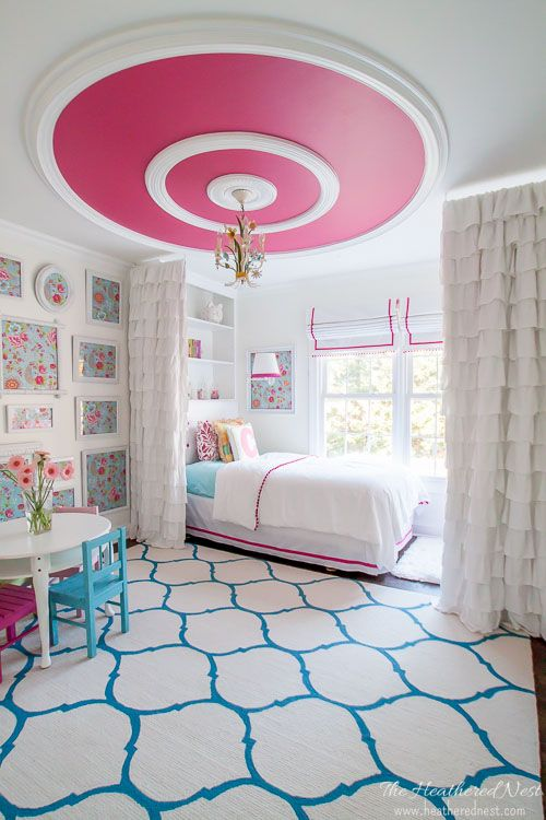 Beautiful pink and turquoise girls bedroom. Love the pink ceiling, i never would have thought to do that!