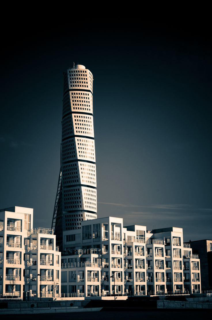 Kim Utzon - Ankarspelet  (+ Santiago Calatrava - Turning Torso) Malmo, Sweden
