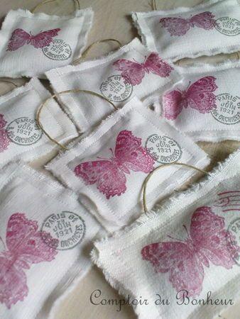 Papillons roses chez Comptoir du Bonheur