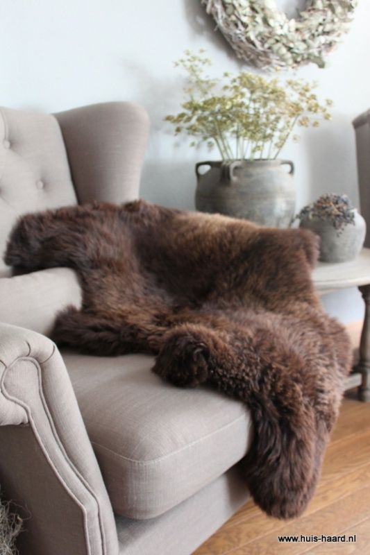 38 best Schapenvacht images on Pinterest | Fake fur, Family rooms ...