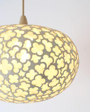 Japanese paper Washi lamp :: Love the overlapping pattern... By Sachie MURAMATSU, Japan