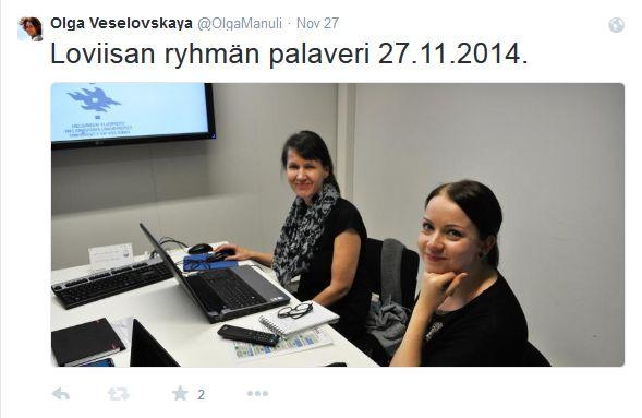 Tiimiläinen - Yliopiston kirjastossa Loviisa-tiimin kera