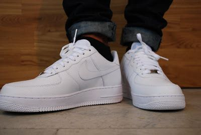 Nike Air Force 1 07 White √