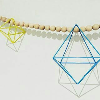 We loved seeing this gorgeous garland made by Beth @bethlucinda using Finder Maker beads. The gemstone forms are exquisite. Big smiles seeing this creativity.  #etsy #etsyshop #etsyseller #etsysellers #etsyjewellery #etsycraft #etsyjewellerysupplies # etsyhunter  #handmadejewellery #etsyhandmade #etsyfashion #findermakershop #follow #woodgarland #garlands #craftsupplies #jewelleryfindings