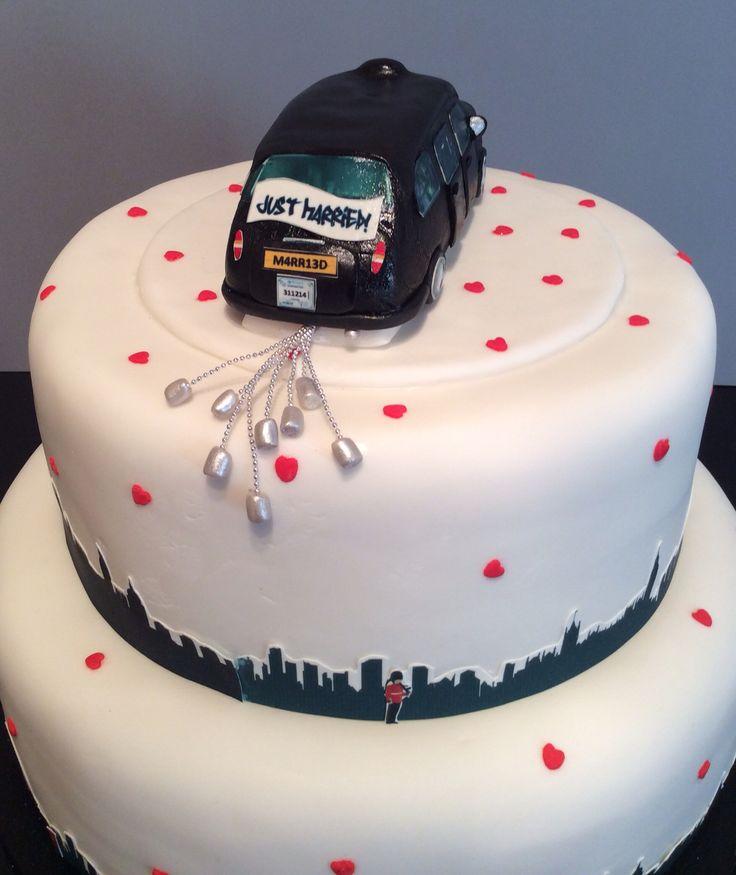 Black cab & London skyline wedding cake .... Back of cake view