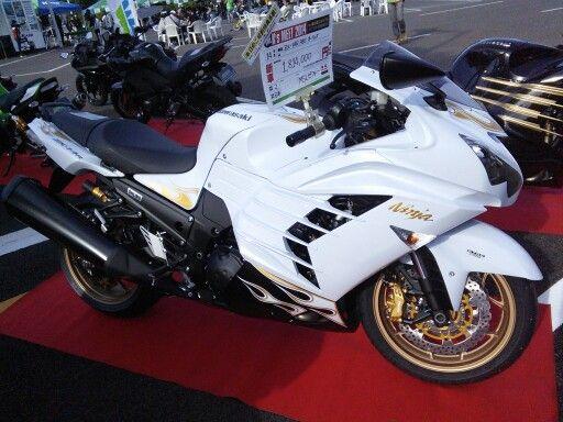 The fleet of KAWASAKI mega sports bikes