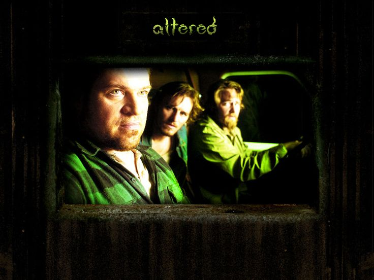 Watch Streaming HD Altered, starring Adam Kaufman, Catherine Mangan, Brad William Henke, Michael C. Williams. Fifteen years ago, a group of men's lives were forever changed by a strange occurrence. Now, the same group of men will spend a night together ... in terror. #Horror #Sci-Fi #Thriller http://play.theatrr.com/play.php?movie=0457275