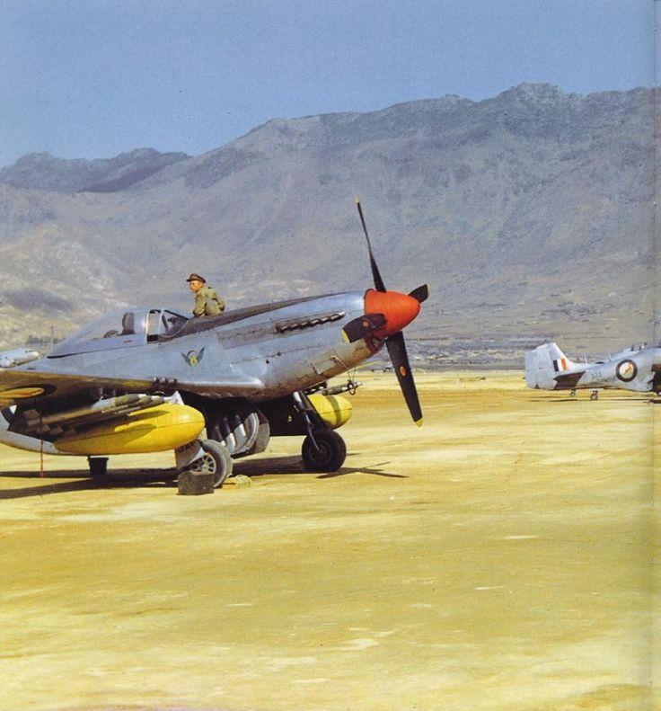 S.A.L.M. VLIEGTUIE - TOEKA TOT NOU / S.A.A.F. AIRCRAFT - PAST TO PRESENT