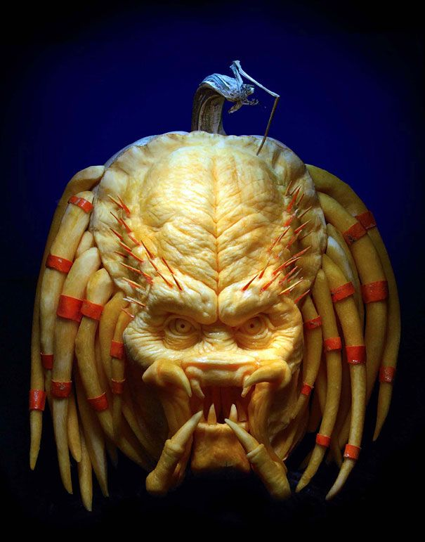 More Amazing Pumpkin Carvings by Ray Villafane - and I thought my pumpkin carving skills were good.  I guess not!