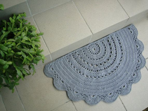 Half Circle doily crochet rug / Doormat / by CrochetFolkArt
