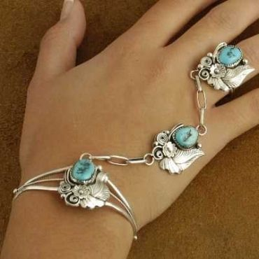 Native American Hand Crafted Sterling Silver Turquoise Slave Bracelet Set