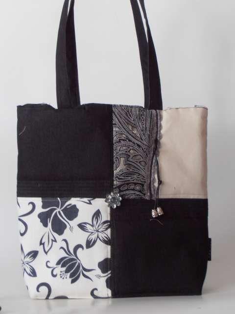 Fekete-fehér-mintás-csipke nõi táska gyöngygombbal díszítve