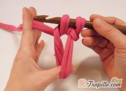 Crochet paso a paso: círculo para iniciar tejido redondo | El blog de trapillo.com