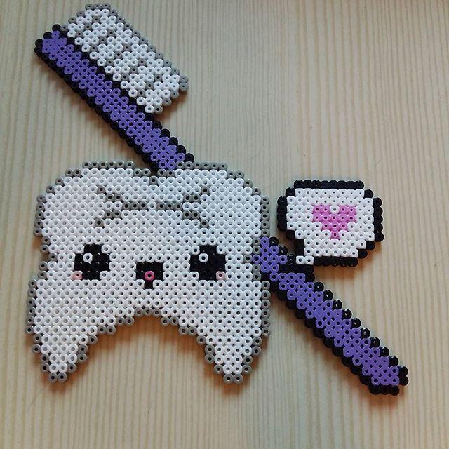 Kawaii tooth hama beads - Bathroom decor by perlersystrar - Pattern: https://de.pinterest.com/pin/374291419012543312/