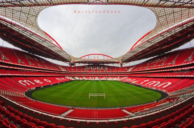 LISBON - Estádio da Luz (65,647)