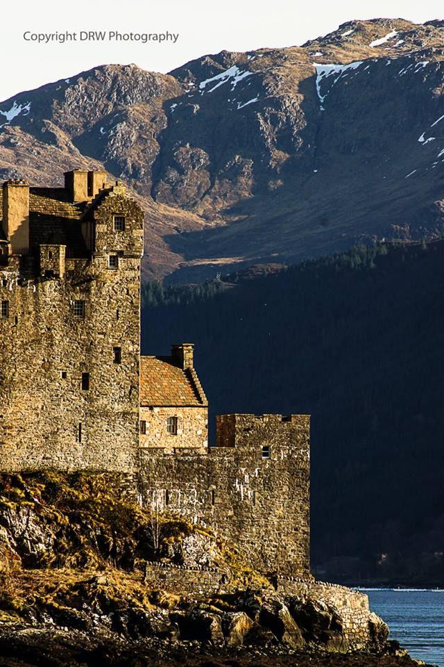 Pin by Guy Delain on Scotland_Eilean Donan Castles in