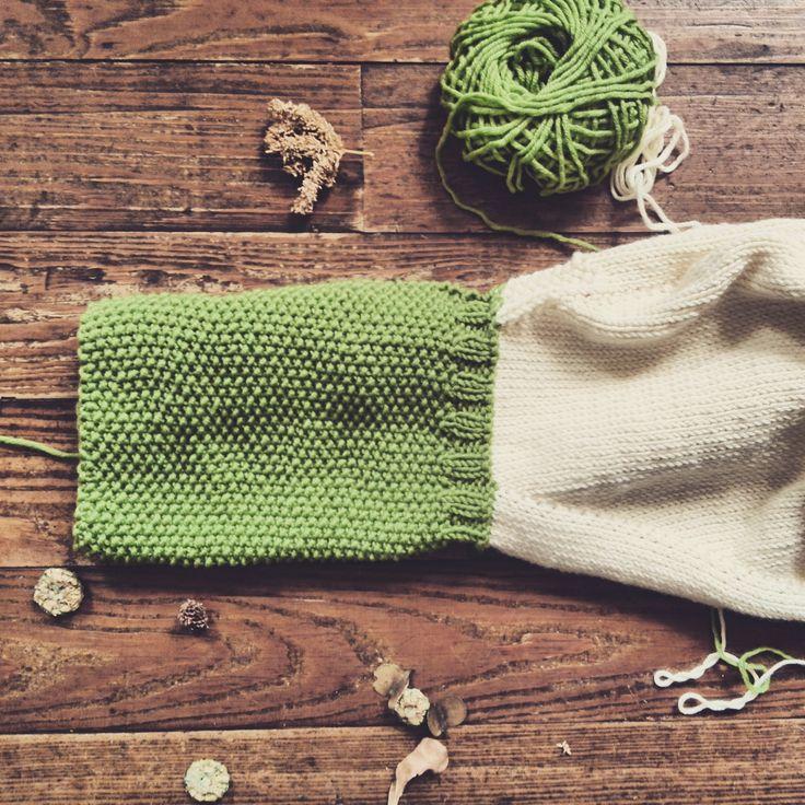 Poncho con cappuccio verde