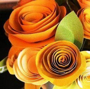 papírové květiny, květiny z papíru, květiny z koleček, papírová kytice, papírový věnec, papírový věneček