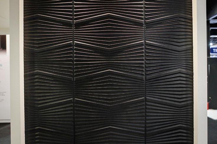 """O UOL Casa e Decoração foi às feiras de construção Expo Revestir e Feicon Batimat realizadas em São Paulo no início de 2013. Selecionamos os produtos mais bacanas em três categorias: """"Revestimentos""""; """"Cozinhas e banheiros"""" e """"Iluminação e outros acessórios"""". Navege neste álbum e descubra opções interessantes que merecem um cantinho na sua casa"""