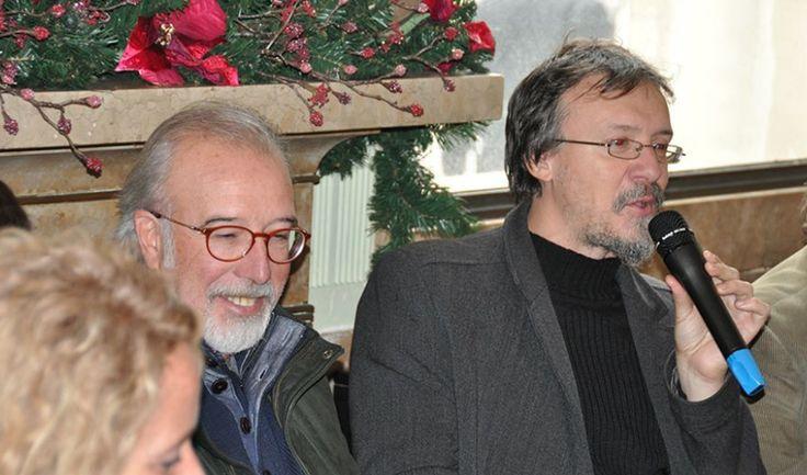 Giorgio Cavazzano e Stefano Tamiazzo alla conferenza stampa tenuta al caffè Pedrocchi a Padova a sostegno della campagna di Crowfunding sul documentario dedicato al maestro veneziano.
