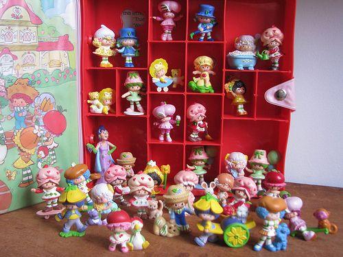Vintage strawberry shortcake miniatures — img 15