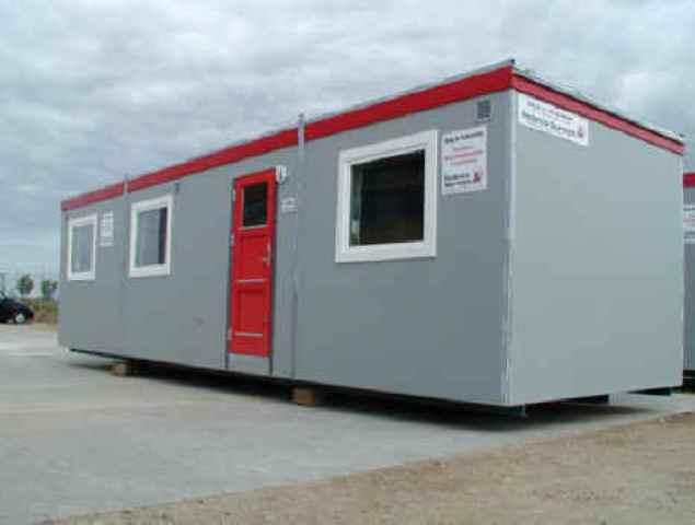 Type 31.  Beboelsesvogn til 4 personer med 2 soveværelser, køkken, toilet og bad.