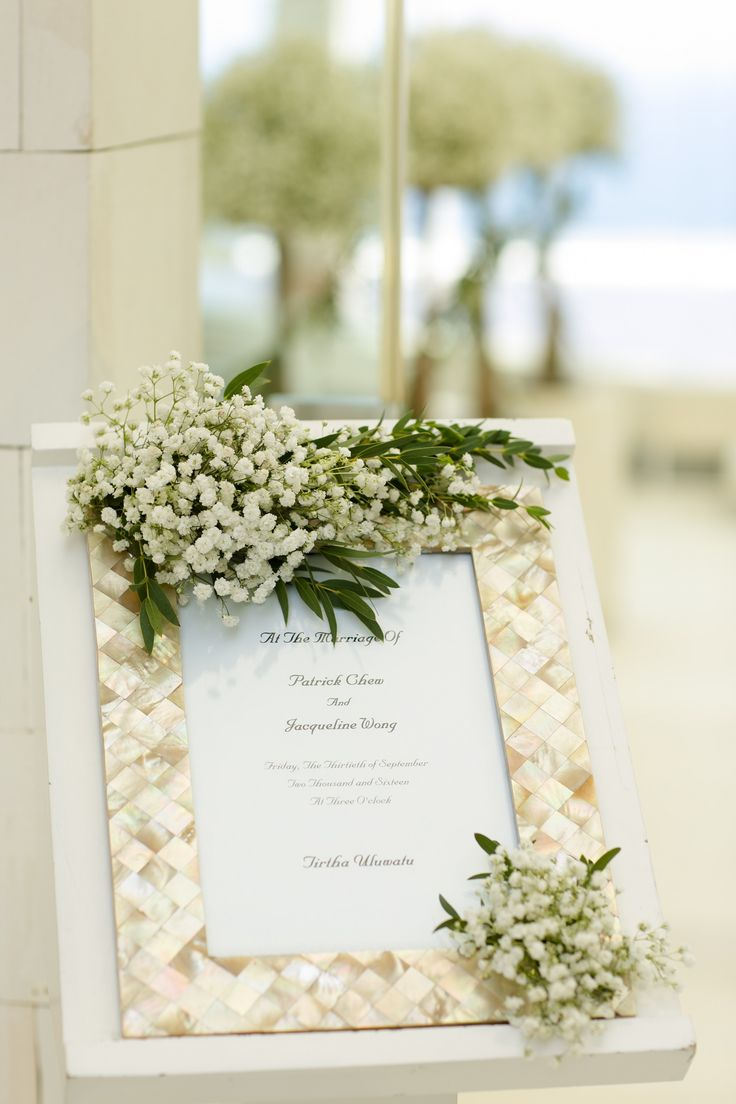 Green Shell Welcome board with Baby Breath adorning