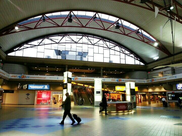 Pittsburgh International Airport (PIT) in Pittsburgh, PA